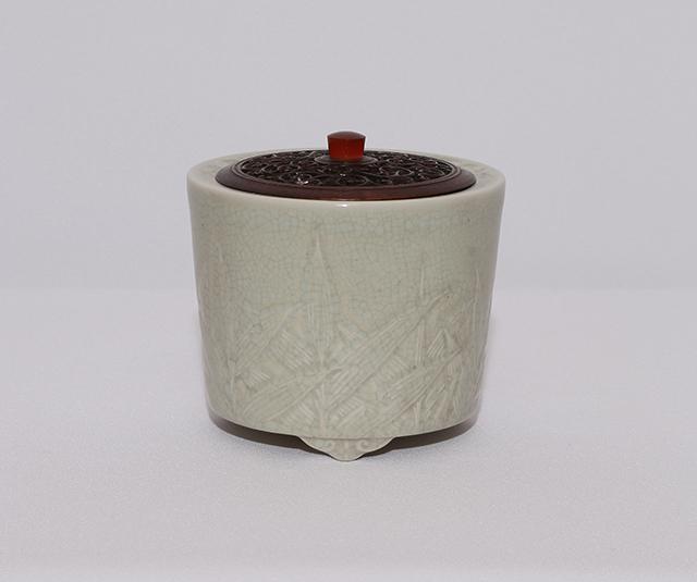 蛋殻磁香炉 芦文